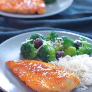 Easy-apricot-chicken-recipe-sticky-sweet-glaze-quick