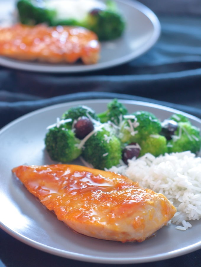 Easy-apricot-chicken-recipe-sticky-sweet-glaze-quick