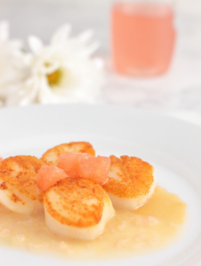Scallops with Champagne Butter Recipe Sea scallops are a perfect date night dinner. They're fast, easy, and extremely impressive.